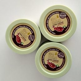 Natural Hand Cream with red berries