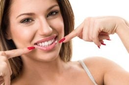 Whitening Your Teeth the Healthy and Natural Way
